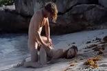 Levantou A Bunda Na Praia E Comeram O Cu Dela.